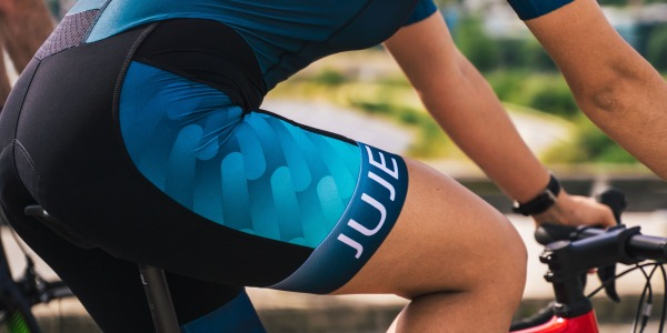 Women's tri suits, how to choose your triathlon outfit?